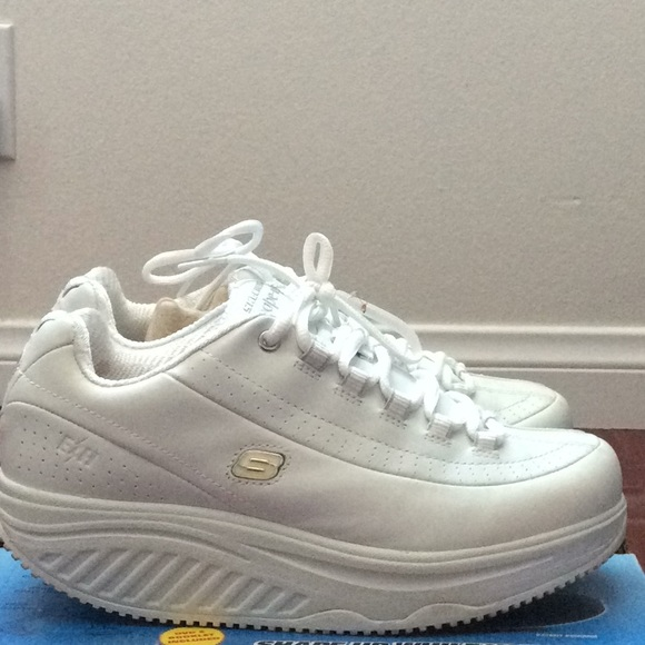 3b7fbf7622889 Skechers Shoes | Sketchers Shape Ups | Poshmark